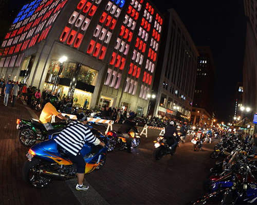Bikes On Meridian 2015 Thousands of motorcycle